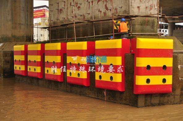 可耐特复合材料桥梁防船撞设施图片
